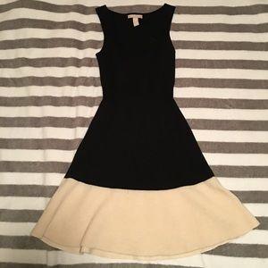 BANANA REPUBLIC EXTRA FINE MERINO WOOL DRESS